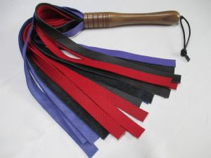 American Walnut Wood/Leather 20mm width Falls Flogger